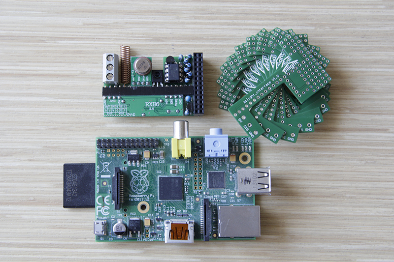 [Image: pcb_overview.jpg]